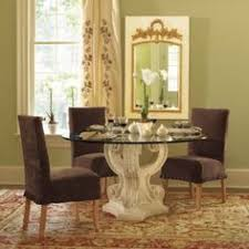 triple acanthus round dining