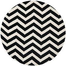 safavieh ham ivory black 9 ft x 9 ft round area rug