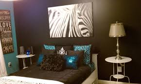 Image of: Zebra Print Turquoise and Brown Bedroom Idea