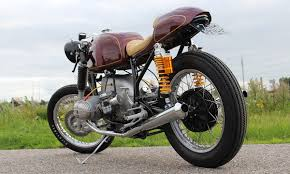 return of the cafe racers two heads leli motive bmw r80 7