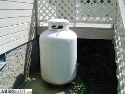 125 gallon upright propane tank 420 lb capacity 3 years old moved to city dont nee d it was only fill once to use on a set of gas logs for fireplace
