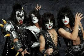 gene simmons defends kiss makeup use by non original members