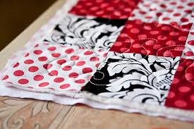 Free Motion Quilting Tutorial & VIDEO! | Pretty Prudent & Ever since my Mother-in-law gifted Quinn a beautiful baby blanket featuring  Free Motion Quilting, I have been obsessed with learning how to do it and  then ... Adamdwight.com
