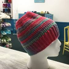 Ponytail Beanie Crochet Pattern New Make Your Own Awesome 'Ponytail Hat' With These FREE Crochet