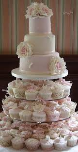 The New European Creative Acrylic Frame Tower Wedding Cake Four Cupcake Wedding Cake Stands Photos