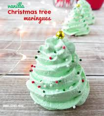 Christmas Tree Meringues