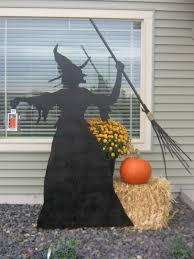 23 Festive Halloween Witch Decor DIY Ideas!
