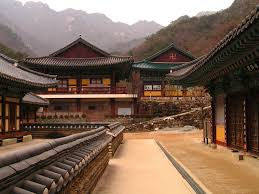 Corea del Sur - un templo en las montaňas Gyeryong-san 03