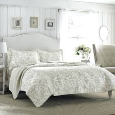 Queen Bedding On Sale Kohls Bedspreads And Comforters Bed Bath ... & Queen Quilts Clearance Bedding Bedspreads Kohls. Queen Bed Sets Amazon  Bedding Clearance Sale J On. Queen Size Quilts And Comforters Bedspreads  Amazon Bed ... Adamdwight.com