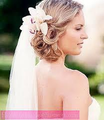 Coiffure De Mariage Originale Pour Les Cheveux Longueur D