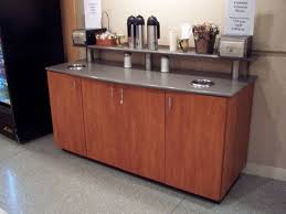 picture of condiment station