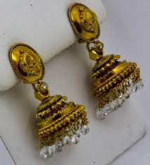 the understated sophistication of these chandelier earrings is terrific for day or night and every