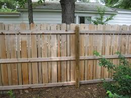 Living Privacy Fence Different Pattern For A Privacy Fence Fences Pinterest