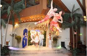 wedding ideas las vegas wedding chapels chapel rates themes near the strip elvis impersonator on