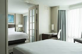 Hotel Suites in Downers Grove | Marriott Downers Grove IL Suites