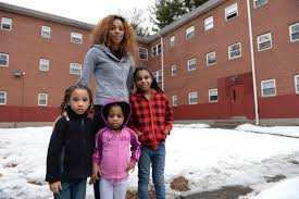 HUD 'perpetuating segregation,' Hartford households declare in lawsuit –  town of oxford ct – Connecticut News