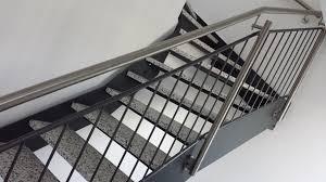 Die belastbarkeit und tragfähigkeit von stahltreppen ist materialbedingt sehr hoch. Innen Treppen Treppe 003