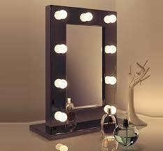 de spiegel wordt aansluitklaar geleverd met een kabellengte van 3 meter