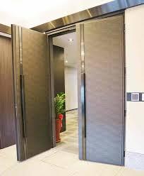 heavy entrance door hinge
