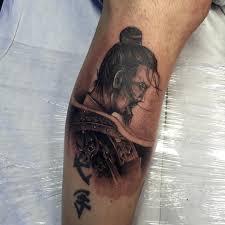 татуировка на голени парня самурай фото рисунки эскизы
