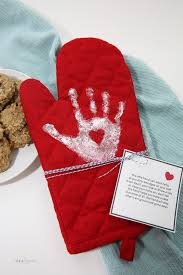 speaking of things to get customized over mitts also make an adorable gift if your grandma loves to bake cookies for you she ll love a silly pair of