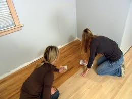 staining floor apply stain