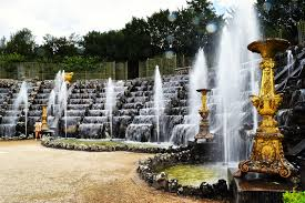 day trip to the gardens of versailles check out the fountains showusical gardens before it s too late