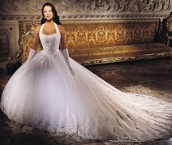 top 10 most expensive wedding dresses diamonds silk platinum