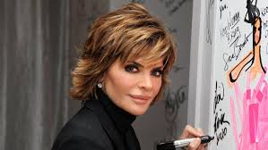 Lisa Rinna Hairstyles How Do You Cut Your Hair Like Lisa Rinnas Referencecom