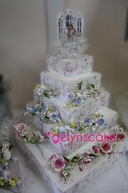 Tiered Cakes Winnipeg Wedding Cakes Gelyns Wedding Lounge