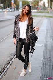 leather pants autumn look 5