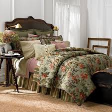 This is the Chaps by Ralph Lauren Brittany Collection. There are also two  other floral. Queen Comforter SetsMaster ...