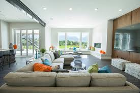colorful and cozy living room idea