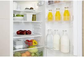 <b>Встраиваемый двухкамерный холодильник Indesit</b> BIN 18 A1 DIF