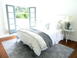 white bedroom rugs black