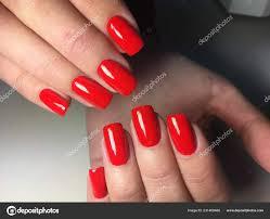 Světlé Podzimní červená Manikúra Dlouhé Nehty Stock Fotografie