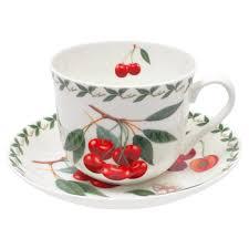 <b>Чашка с блюдцем</b> фарфоровая <b>Maxwell</b> & Williams вишня 0,48 л ...