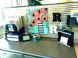office decorations for work. Interesting For Decorating Work Cubicle Desk Ideas Decoration  Office Decorations Decor Cute With On Office Decorations For Work