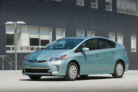 Suit says '13-mile' range for Toyota Prius Plug-In Hybrid was ...