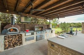 wood burning pizza oven could help you to feed every during long summer parties