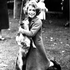 Queen Elizabeth II Biography And Facts