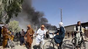 """I talebani vicini a Kabul, la clinica italiana lancia l'sos: """"Salvateci da  torture e morte, serve un corridoio umanitario per 30 persone"""" - La Stampa"""