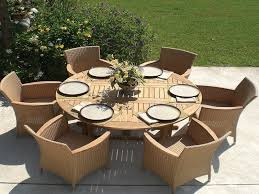 round outdoor dining table wood