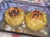 baked apples  with chopped hazelnuts