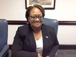 Q&A: Meet Debra Farley of the Small Business Development Center in Hampton  - Daily Press