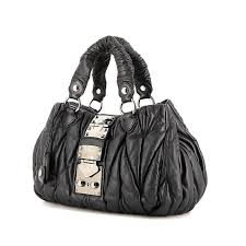 Miu Miu Matelassé Handbag 331121 | Collector Square & Miu Miu Matelassé bag in navy blue quilted leather Adamdwight.com