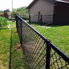 diy chain link fence diy black chain link fence how to chain link fence gates