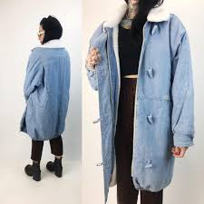 80 s heavyweight baggy denim coat thick fleece lined jean jacket womens large light blue long denim winter street coat hipster vtg fashion