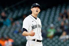 train: Mariners lose to NL's worst team ...