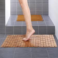 Yaheetech Foldable Bamboo Bath Mat Shower Spa Mat 27inch x 20inch Wood  NonSkid Backing --